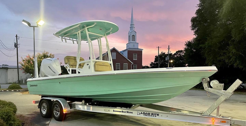 NEW: Savannah Boats 220IS